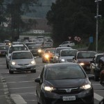 Mogi-Bertioga deve ter trânsito intenso nesta quarta-feira