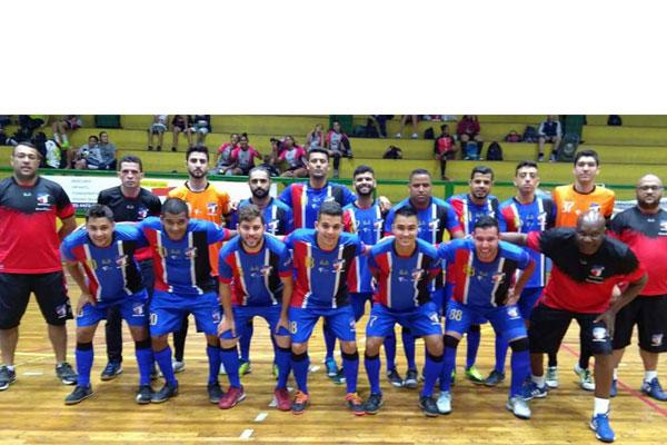 Elenco da AD Mogi Futsal, que participou de cinco competições na temporada. (Foto: Divulgação)